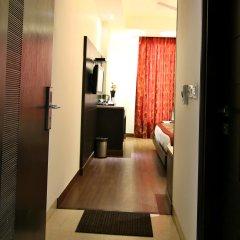 Отель The Prime Balaji Deluxe @ New Delhi Railway Station сейф в номере
