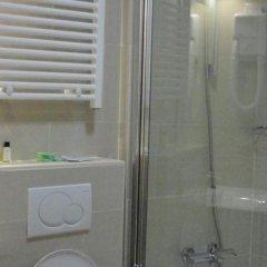 Отель Auberge Du Souverain Les Rives Брюссель ванная фото 2
