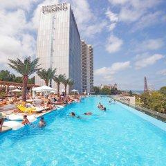 INTERNATIONAL Hotel Casino & Tower Suites бассейн фото 4