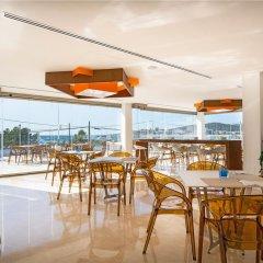Отель THB Naeco Ibiza - Adults Only гостиничный бар