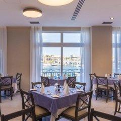 Отель The Waterfront Hotel Мальта, Гзира - отзывы, цены и фото номеров - забронировать отель The Waterfront Hotel онлайн питание фото 2