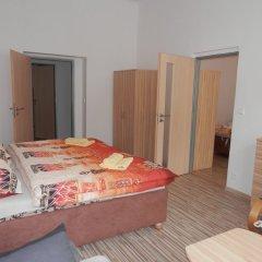 Отель Apartmány U Tržnice комната для гостей