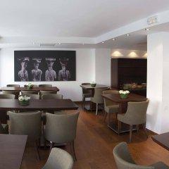 Plaka Hotel гостиничный бар