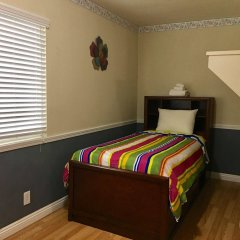 Отель Traveler's Bed & Breakfast Hostel США, Лас-Вегас - отзывы, цены и фото номеров - забронировать отель Traveler's Bed & Breakfast Hostel онлайн комната для гостей фото 4