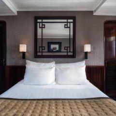 Отель Emeraude Classic Cruises Вьетнам, Халонг - отзывы, цены и фото номеров - забронировать отель Emeraude Classic Cruises онлайн сейф в номере