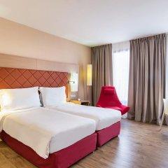 Отель Radisson Blu Hotel Toulouse Airport Франция, Бланьяк - 1 отзыв об отеле, цены и фото номеров - забронировать отель Radisson Blu Hotel Toulouse Airport онлайн комната для гостей фото 4
