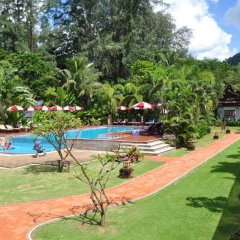 Отель Royal Lanta Resort & Spa бассейн фото 7