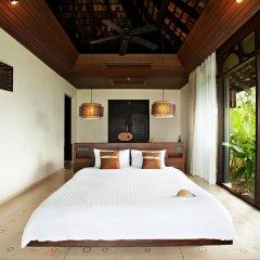 Отель The Vijitt Resort Phuket сейф в номере