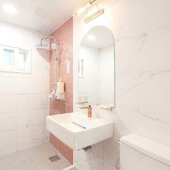 ORBIT Cafe & Guesthouse - Hostel ванная