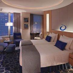 Отель Crowne Plaza Shenzhen Futian, an IHG Hotel Китай, Шэньчжэнь - отзывы, цены и фото номеров - забронировать отель Crowne Plaza Shenzhen Futian, an IHG Hotel онлайн комната для гостей фото 2