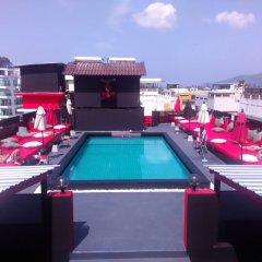 Sharaya Patong Hotel бассейн