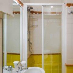 Отель Residence Týnská Чехия, Прага - 6 отзывов об отеле, цены и фото номеров - забронировать отель Residence Týnská онлайн ванная фото 2