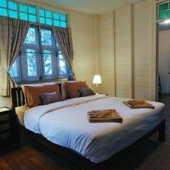 Отель 24 Samsen Heritage House Бангкок комната для гостей фото 2