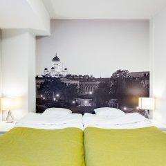 Отель Forenom Aparthotel Helsinki Herttoniemi сейф в номере