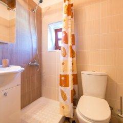 Отель 3 Charites Old Town Родос ванная