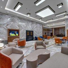 The S Hotel Al Barsha интерьер отеля фото 3