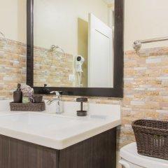 Отель Brompton 50 by Pro Homes Jamaica ванная фото 2