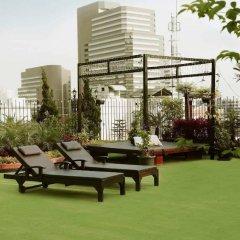 Отель Rongratana Executive Residence Бангкок бассейн фото 3