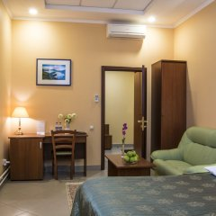 Малетон Отель комната для гостей фото 2