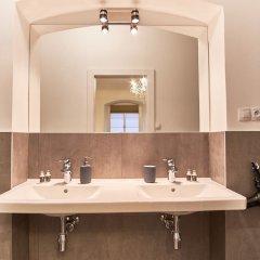 Апартаменты Charles Bridge Royal Apartment ванная