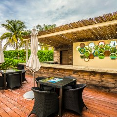 The Elements Oceanfront & Beachside Condo Hotel Плая-дель-Кармен развлечения