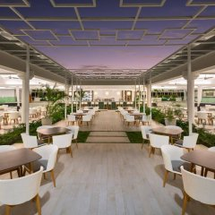 Отель Grand Sirenis Punta Cana Resort Casino & Aquagames гостиничный бар