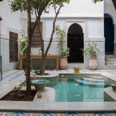 Отель Riad Yamina52 бассейн