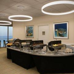 Отель Holiday Inn Lido Beach, Sarasota интерьер отеля