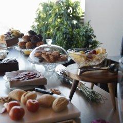 Отель Duquesa Suites питание фото 3