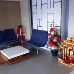 Апартаменты Burapha Bangsaen Garden Apartment комната для гостей фото 3