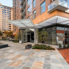 Отель Global Luxury Suites at Woodmont Triangle South фото 3