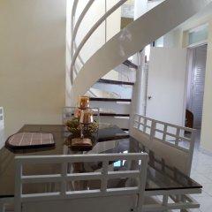 Отель Seacastles Vacation Penthouse интерьер отеля