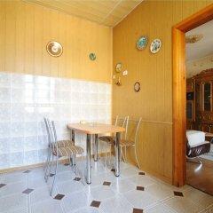 Отель Apartamenty na Oktyabrskoy Минск комната для гостей фото 4