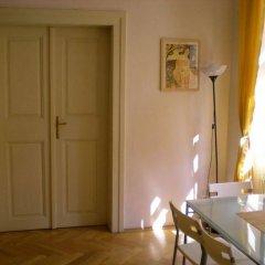 Отель Little Town budget hotel Чехия, Прага - 3 отзыва об отеле, цены и фото номеров - забронировать отель Little Town budget hotel онлайн комната для гостей