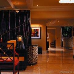 Отель The Mosaic Beverly Hills Беверли Хиллс интерьер отеля
