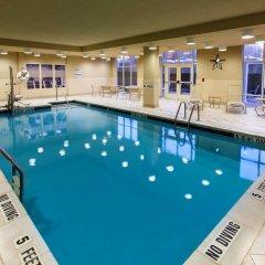 Отель Hampton Inn & Suites Staten Island США, Нью-Йорк - отзывы, цены и фото номеров - забронировать отель Hampton Inn & Suites Staten Island онлайн бассейн фото 3