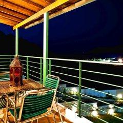 Отель Aselinos Suites балкон