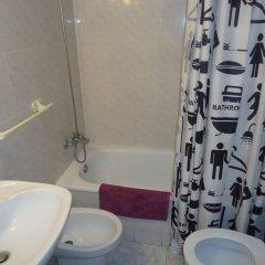 Отель Apartamentos Calafats Испания, Льорет-де-Мар - отзывы, цены и фото номеров - забронировать отель Apartamentos Calafats онлайн ванная
