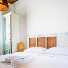 Отель Iki Ev Sigacik комната для гостей