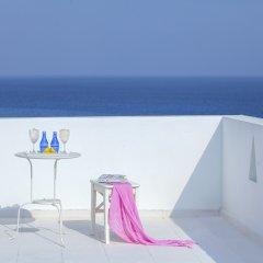 Отель Mimosa Seafront Villa Кипр, Протарас - отзывы, цены и фото номеров - забронировать отель Mimosa Seafront Villa онлайн гостиничный бар