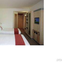 Отель Holiday Inn Express Barcelona City 22@ сейф в номере