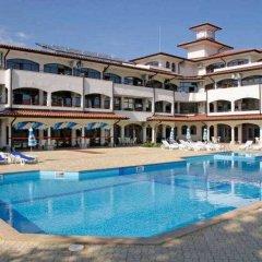 Отель Selena Complex бассейн