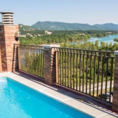 Отель Apartamentos Borda Falceto Испания, Аинса - отзывы, цены и фото номеров - забронировать отель Apartamentos Borda Falceto онлайн бассейн