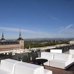 Отель Exe Moncloa Мадрид гостиничный бар
