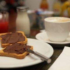 Отель Qaral Bed and Breakfast питание фото 2