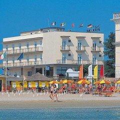 Отель Alcazar Римини пляж фото 2