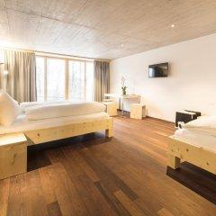 Отель Laagers Hotel Garni Швейцария, Самедан - отзывы, цены и фото номеров - забронировать отель Laagers Hotel Garni онлайн сейф в номере