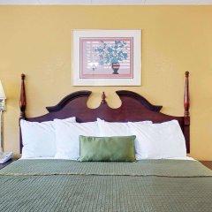 Отель Travelodge by Wyndham Chambersburg США, Чемберсберг - отзывы, цены и фото номеров - забронировать отель Travelodge by Wyndham Chambersburg онлайн комната для гостей фото 5