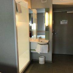 Отель ibis budget Zurich Airport Швейцария, Глаттбруг - отзывы, цены и фото номеров - забронировать отель ibis budget Zurich Airport онлайн ванная