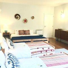 Отель YOURS GuestHouse Porto питание